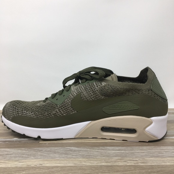 $160 New NIKE Mens Air Max 90 Olive Green NWT